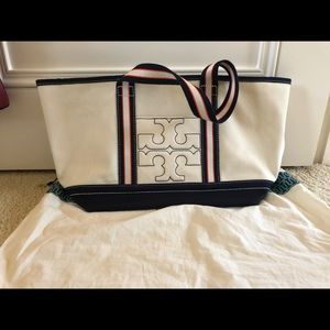 New, Never used Tory Burch Summer Tote, Medium